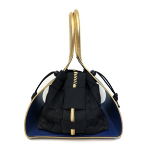 Alison Chang - The Harrian Best Student Made Handbag