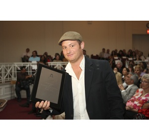 Winner, Jonathan Marcoschamer of Ecoist of Best Green Handbag
