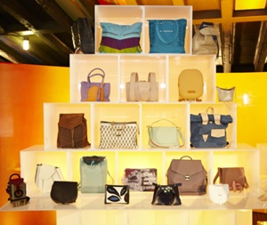 IHDA Handbag display cocktail party